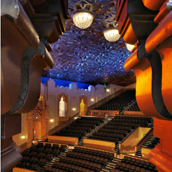 randall-michelson-photo-view-onto-theater_thumb