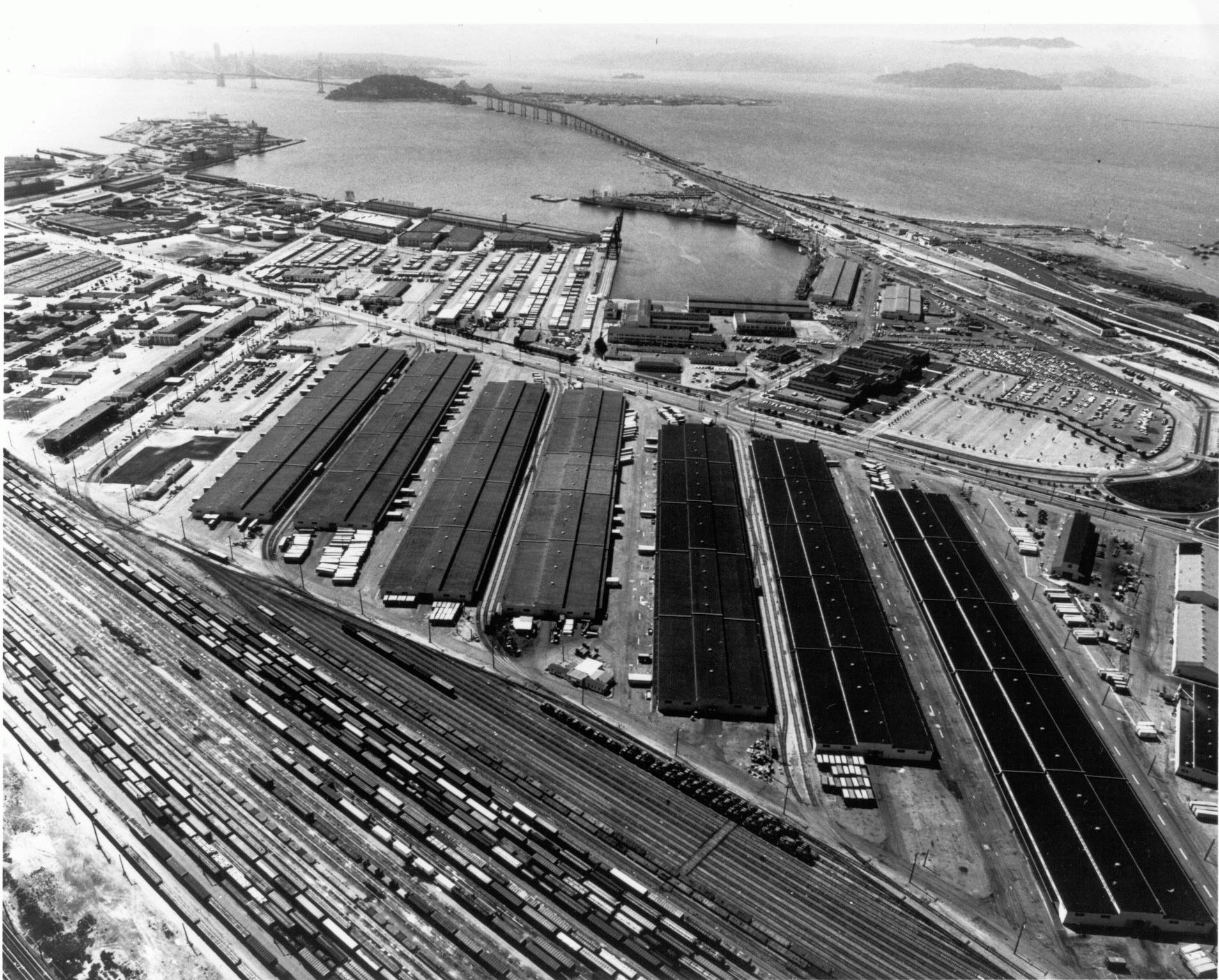 Prologis Building Oakland Army Base